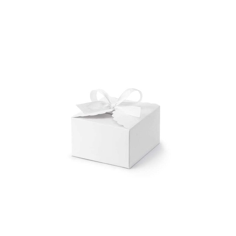 10 x box 8 x 7,5 x 4,5 cm with with satin bow